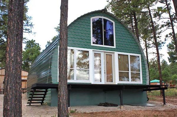 Prefab-arched-cabins-793x526